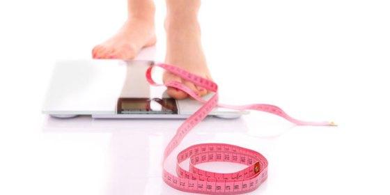 5-cara-mudah-turunkan-berat-badan-bagi-yang-tak-sempat-olahraga-dan-diet